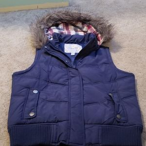 Like New Maurices Navy Vest Size Large